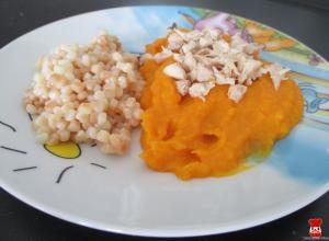 Kuracie mäso s hustou zeleninovou omáčkou a tarhoňou