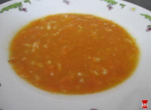 Mrkvová polievka s ovsenými vločkami