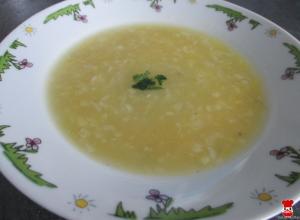Pórová polievka so zemiakom