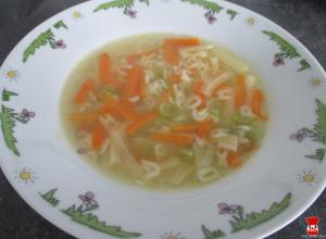 Zeleninová polievka s cestovinou