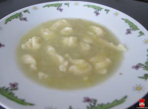 Zemiaková polievka s haluškami
