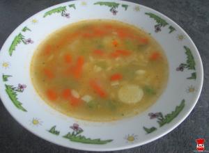 Polievka z miešanej zeleniny