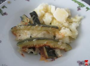 Cuketové hranolky a varené zemiaky