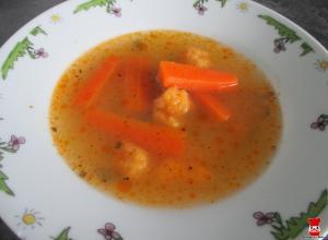 Mrkvová polievka s mrkvovými haluškami