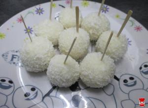 Ricottovo-kokosové guličky